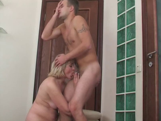 A Luxury Mother With A Incredibly Sexy Body Fucked By Her Virgin Son Who Ends In Pussy